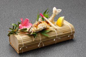 鮎の塩焼き 1,000円(税別)
